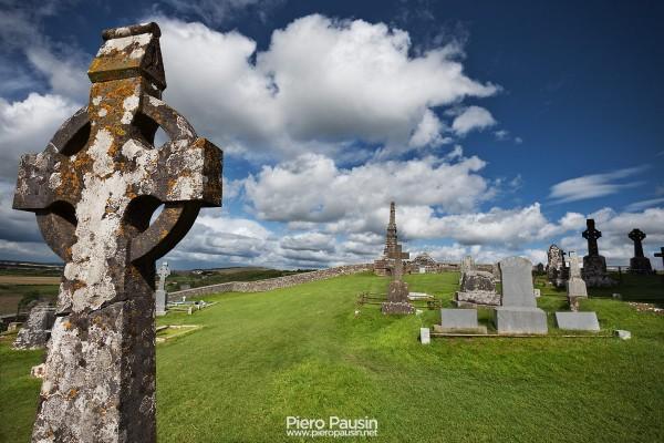Il castello di Cashel in Irlanda ed il suo Cimitero