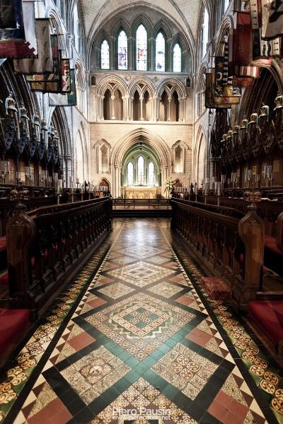 Navata centrale della chiesa di San Patrick (patrizio) a Dublino