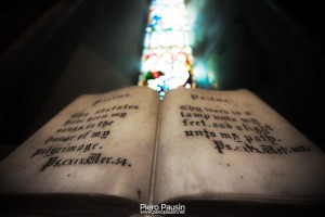Bibbia in Marmo nella chiesa di San Patrizio a Dublino